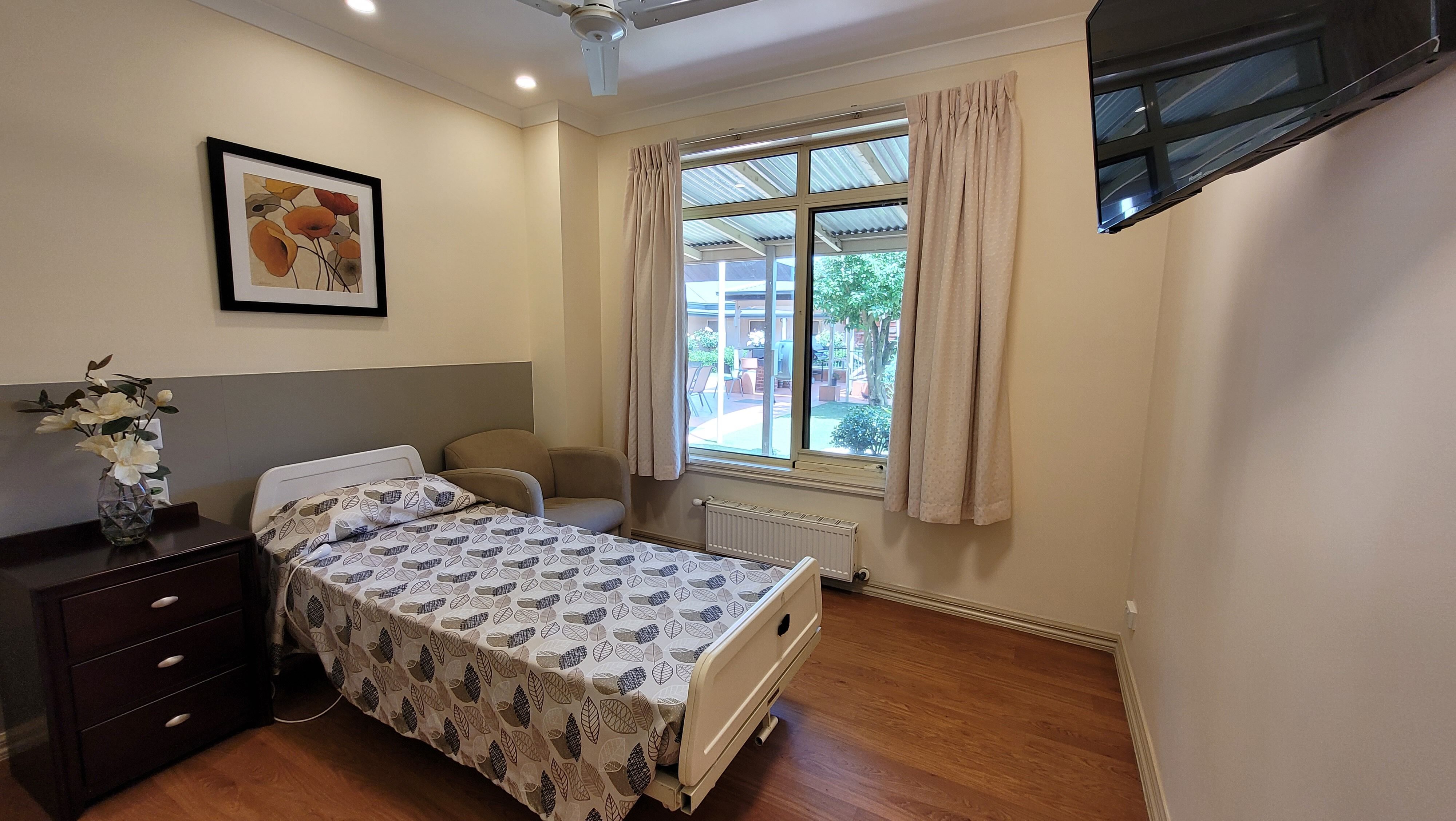 Anzac Lodge Nursing Home, Coburg North VIC 3058 - Bedroom Example 2