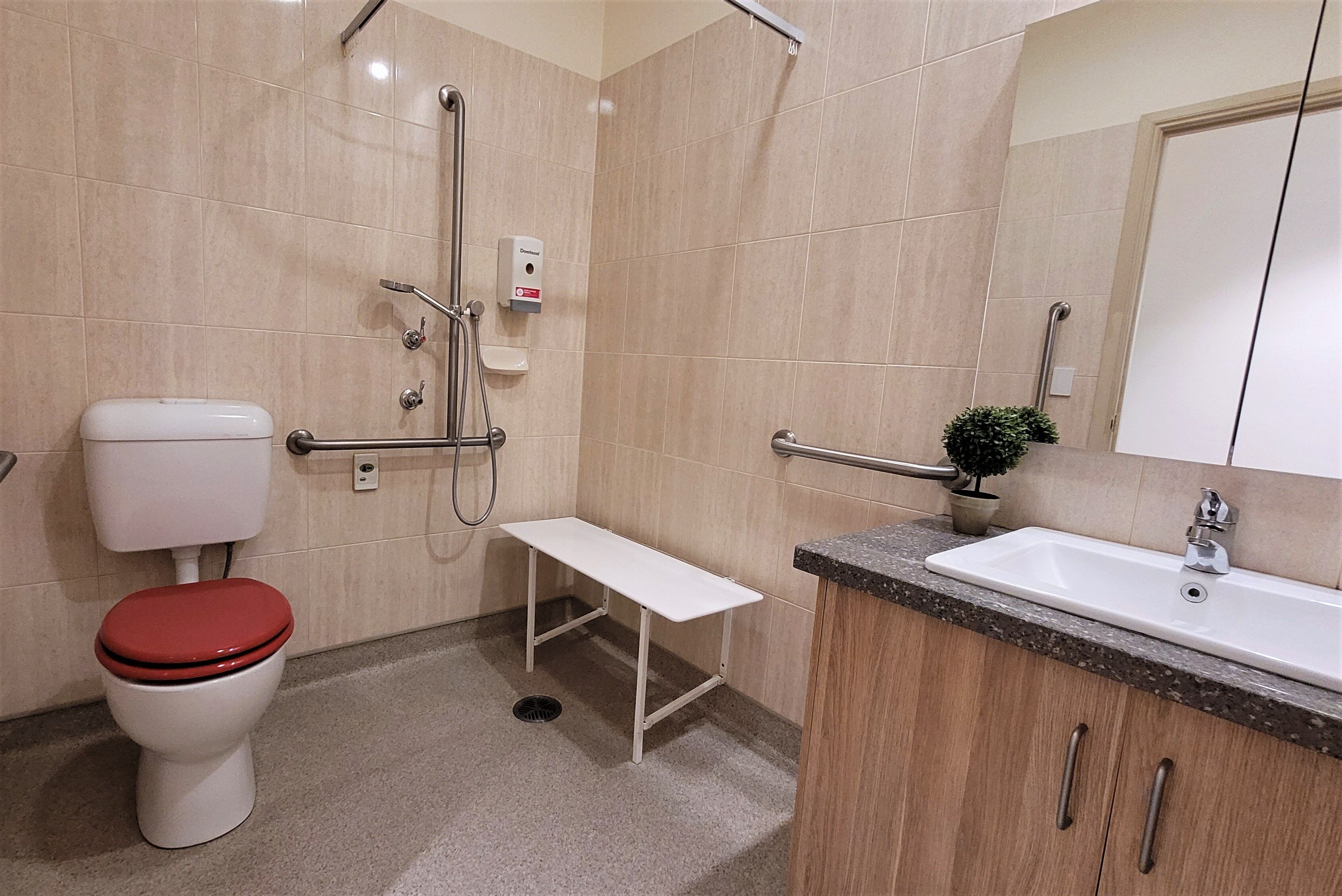 Anzac Lodge Nursing Home, Coburg North VIC 3058 - Ensuite Example 1