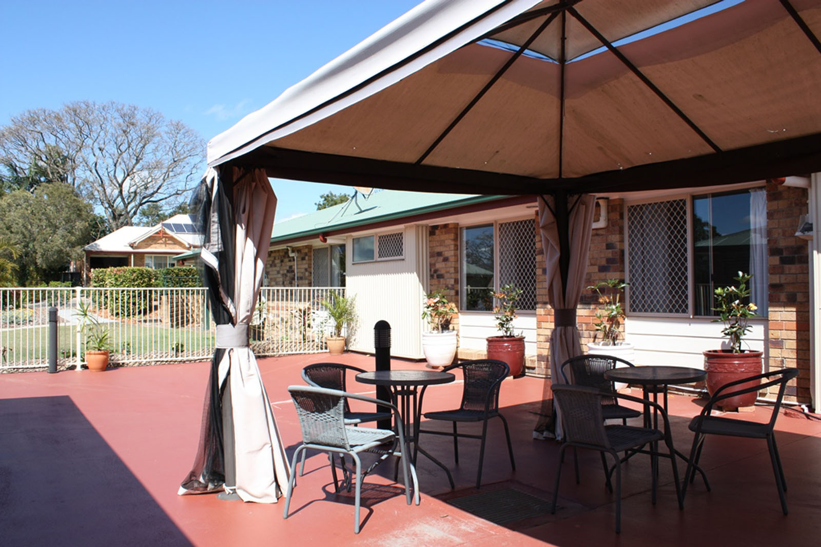 Churches of Christ Care Brig-O-Doon Aged Care Service, Acacia Ridge QLD 4110 - Brigadoon outside entertaining web HERO